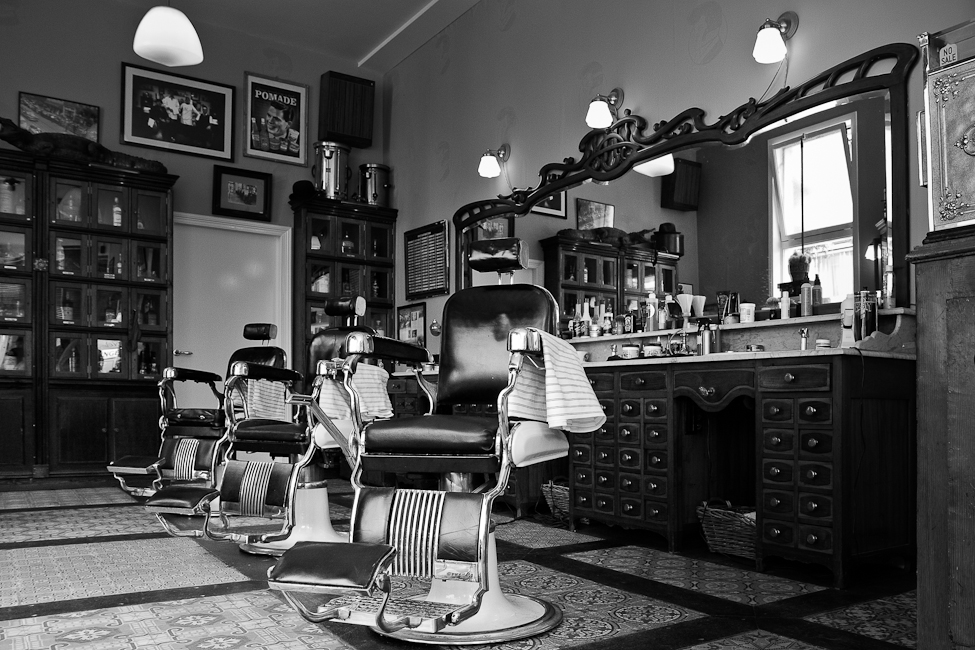 WTL_Place_To_Watch_Schorem_Barber_2.jpg